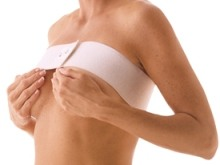 Schmerzen und Müdigkeit (Brustvergrößerung)